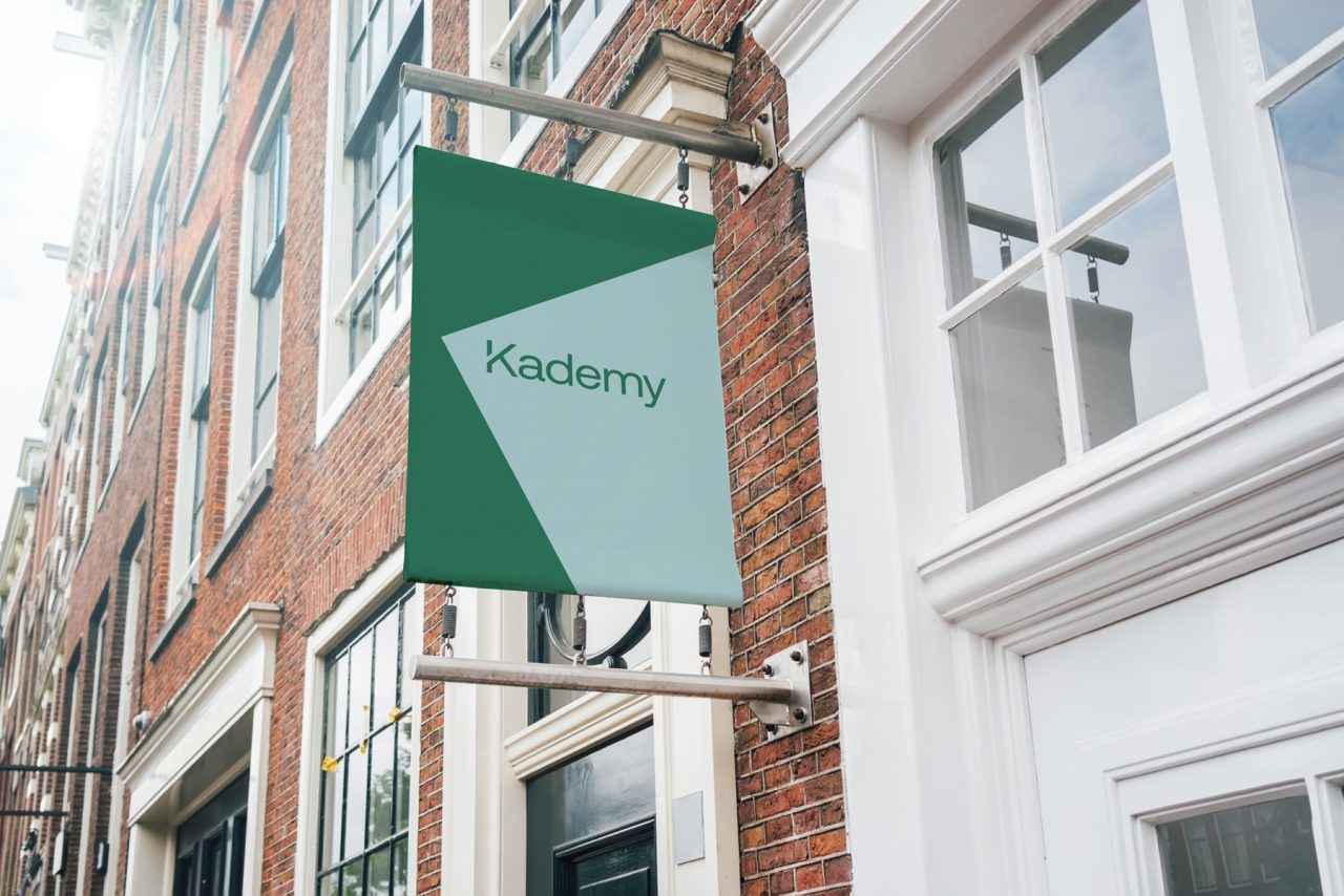 Kademy-Signage
